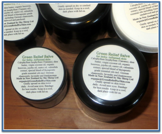 Green-Relief-Salve 2 size pottles